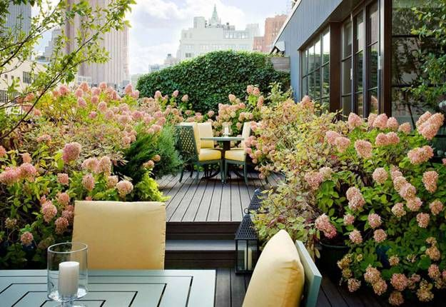 20 Great Patio Ideas Beautiful Outdoor Seating Areas And Roof Top Garden Designs With Images Roof Top Garden Design Rooftop Garden Urban Garden