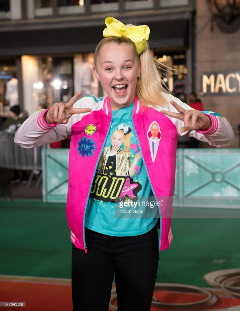 91st Annual Macys Thanksgiving Day Parade Rehearsals Photos And Premium High Res Pictures Macy S Thanksgiving Day Parade Jojo Siwa Jojo Siwa Age