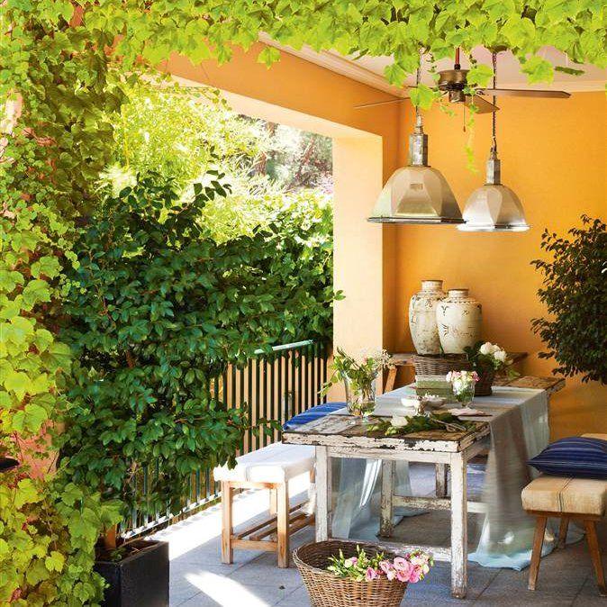 Convierte tu peque o balc n en un jard n el mueble for El mueble terrazas