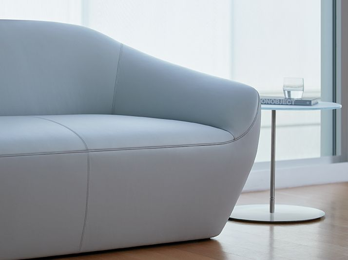 Becca Sofa Detail - Terry Crews for Bernhardt Design
