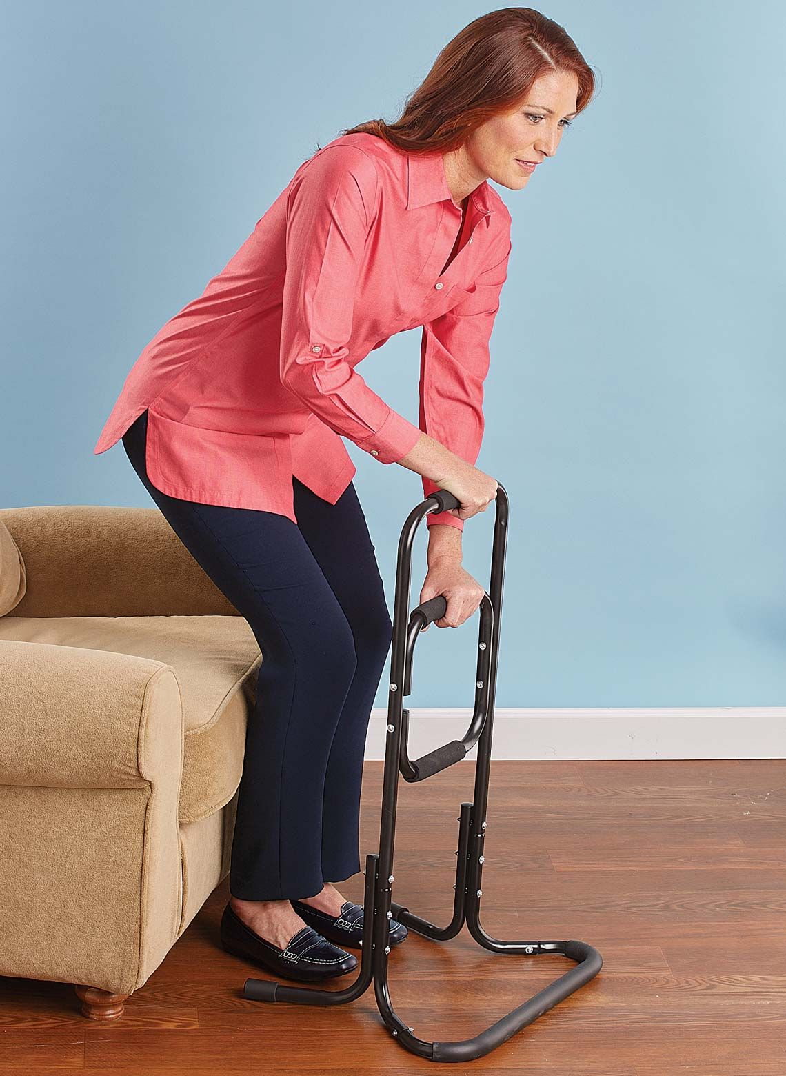 Improve everyday mobility with this sturdy ladderstyle