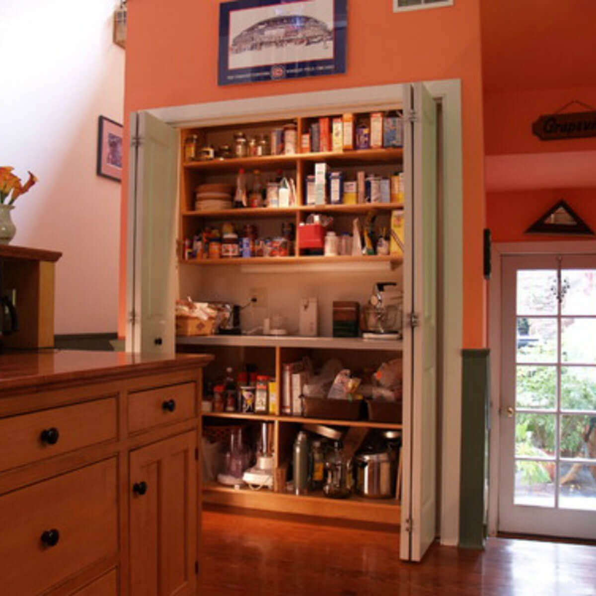 how to build a pantry in a closet