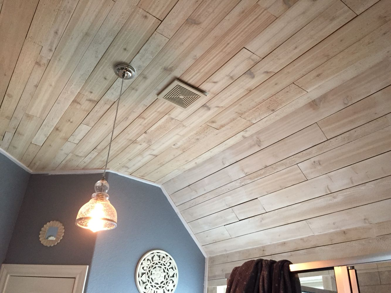 White Washed Wood Ceiling How To Whitewash Wood Tutorials Woods And Planked Walls