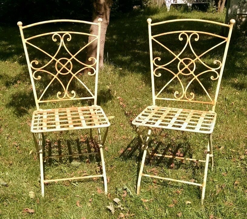Set Of 2 Vintage French Style Wrought Iron Folding Chairs Patio