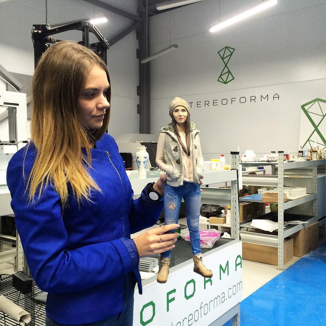 Something we liked from Instagram! Печать 3D фигурок и своих копий набирает популярность! Но мы делаем это лучше всех!) ведь у нас единственный принтер в Москве с самой большой областью печати @3dsystems #projet860  позволяет нам печатать цельные фигурки и другие объекты до 50 см в высоту! #3dme #3дфигуры #3дфигурка #3dcopy #3dprint #3dp #3dmodel #3dmodeling #3dprinter #3dsystems #3dprinter #3dпечать #3dprinted #3dпечатьвмассы #3dпечатьмосква #сувенир #сувениры by _stereoforma_ check us out…