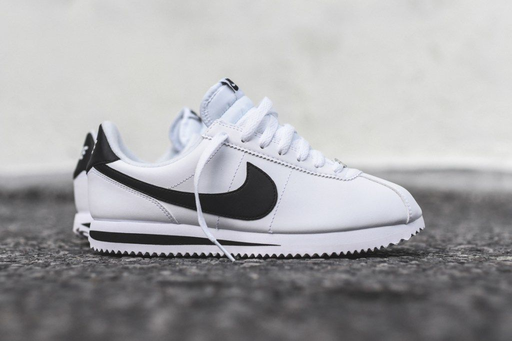 Nike S Cortez Silhouette Is Back In Full Grain Leather Nike Cortez Shoes Nike Cortez White Cortez Shoes