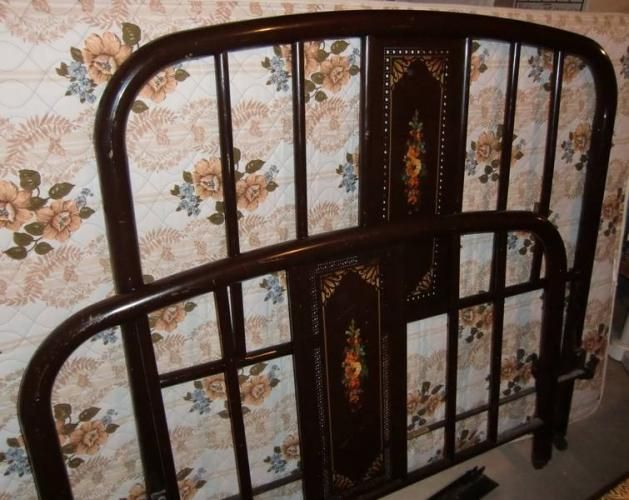 Vintage Simmons Style Iron Bed Metal Beds Selling Furniture