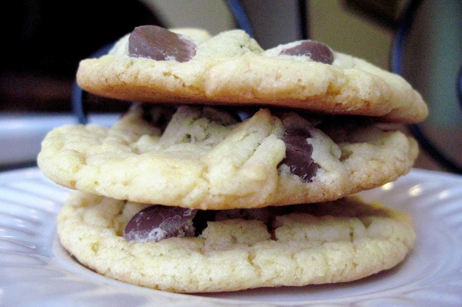 Cake Mix Cookies 1 Box White Cake Mix 1 Egg 1 2 Cup Brown Sugar 3 4 Cup Canola Oil 3 Tablespoons Milk 1 1 Cake Mix Cookies Chocolate Chip Cake Cake Mix