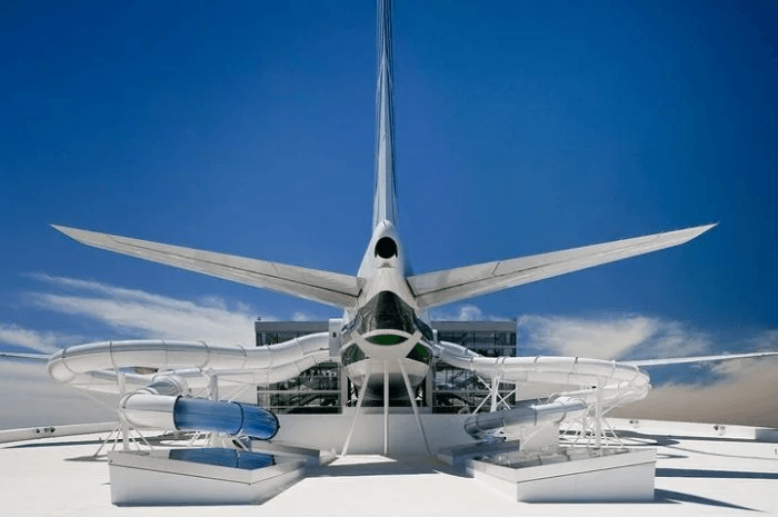 Jump Out of a 747 On the Roof of This Stunning Oregon