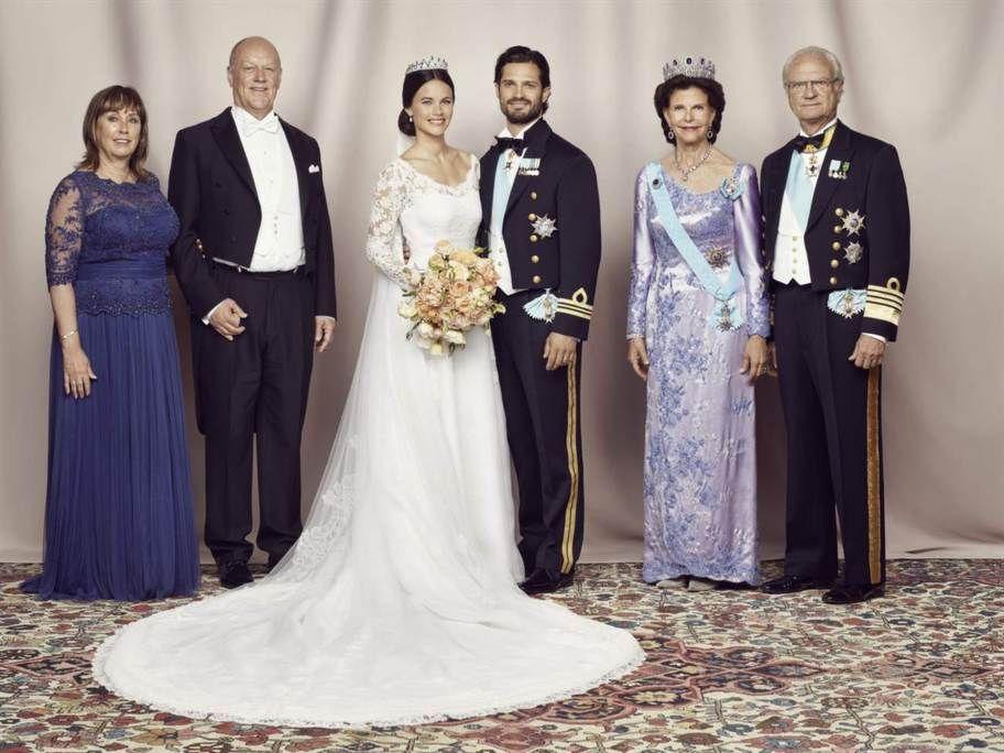 Mariage Du Prince Carl Philip Et La Princesse Sofia De Suede Trouwjurk Blauw Prins Carl Philip Koninklijke Huwelijken