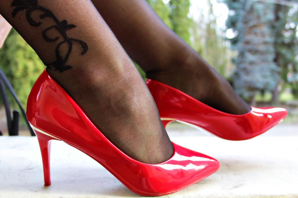Czerwone Szpilki Stylizacja Moda Uroda Lifestyle Fun Heels Stiletto Heels Heels