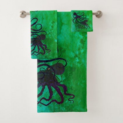 Octopi On Green Bathroom Towel Set Zazzle Com Bathroom Towels Towel Set Towel