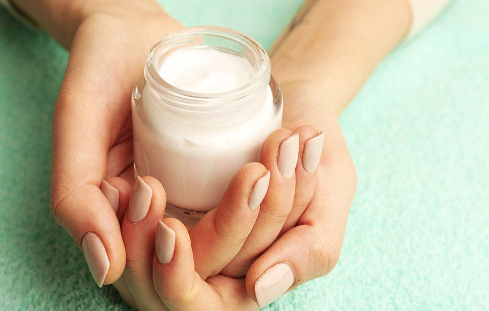 8 Weird Things Your Fingernails Say About Your Health | Nail ...