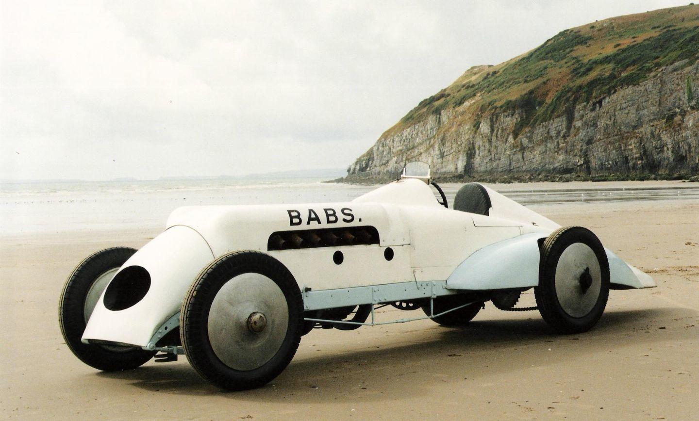 """Thomas Special """"BABS"""" (1923): el coche de récord que decapitó a su piloto y sobrevivió a su prisión de arena. Foto 6 de 9."""