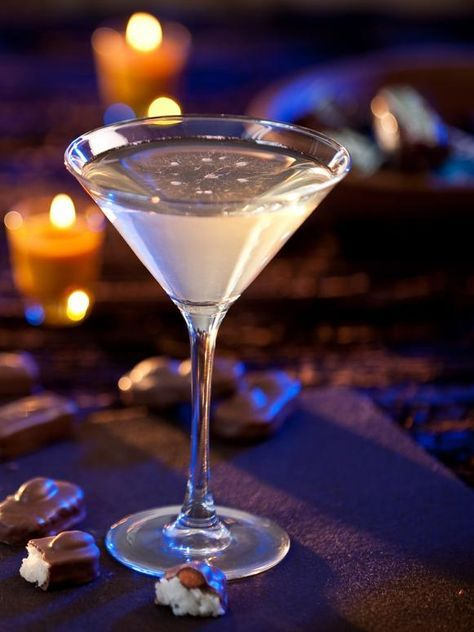 Almond Joy Martini ~ candy bar cocktail for Halloween with chocolate vodka, hazelnut liqueur, and coconut rum | via HGTV