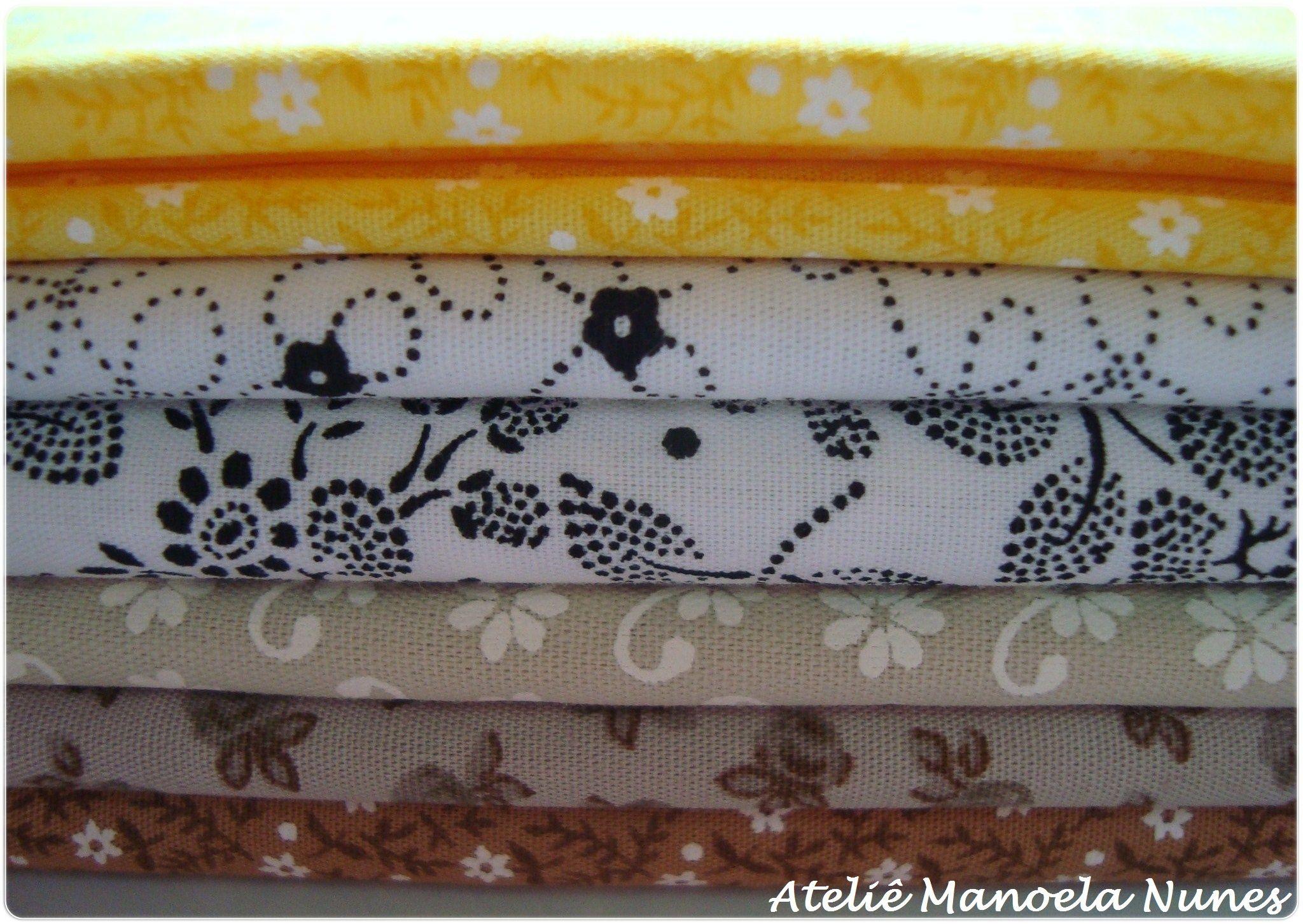 Materiais que utilizo em minhas peças: tecidos estampados com diversos motivos.