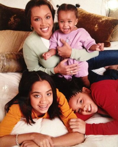 Throwback Vanessa And Her Kids With Images Vanessa Williams