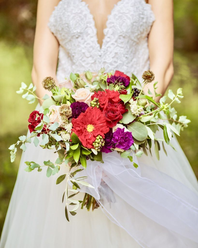 Divine Wedding Flowers: Divine Flowers, Passionate Red Boho Style Bridal Bouquet