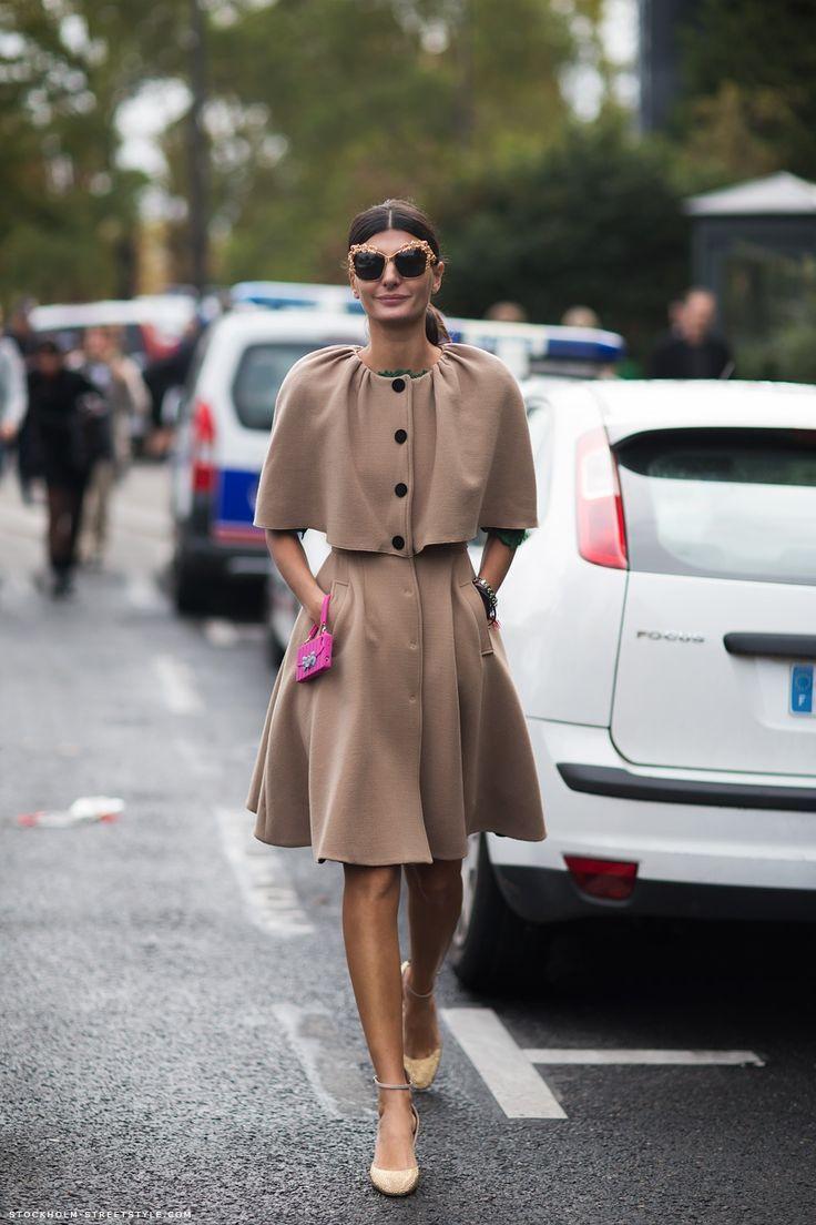 Romantic celebrity style - Giovanna Battaglia #romantic #preppy #style #flaredskirt #accessories #camelcape