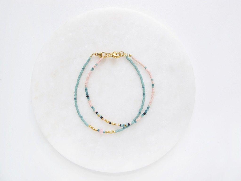 bbe057fae17 de færdige delicas armbånd   Bracelets   Smykker, Armbånd og ...