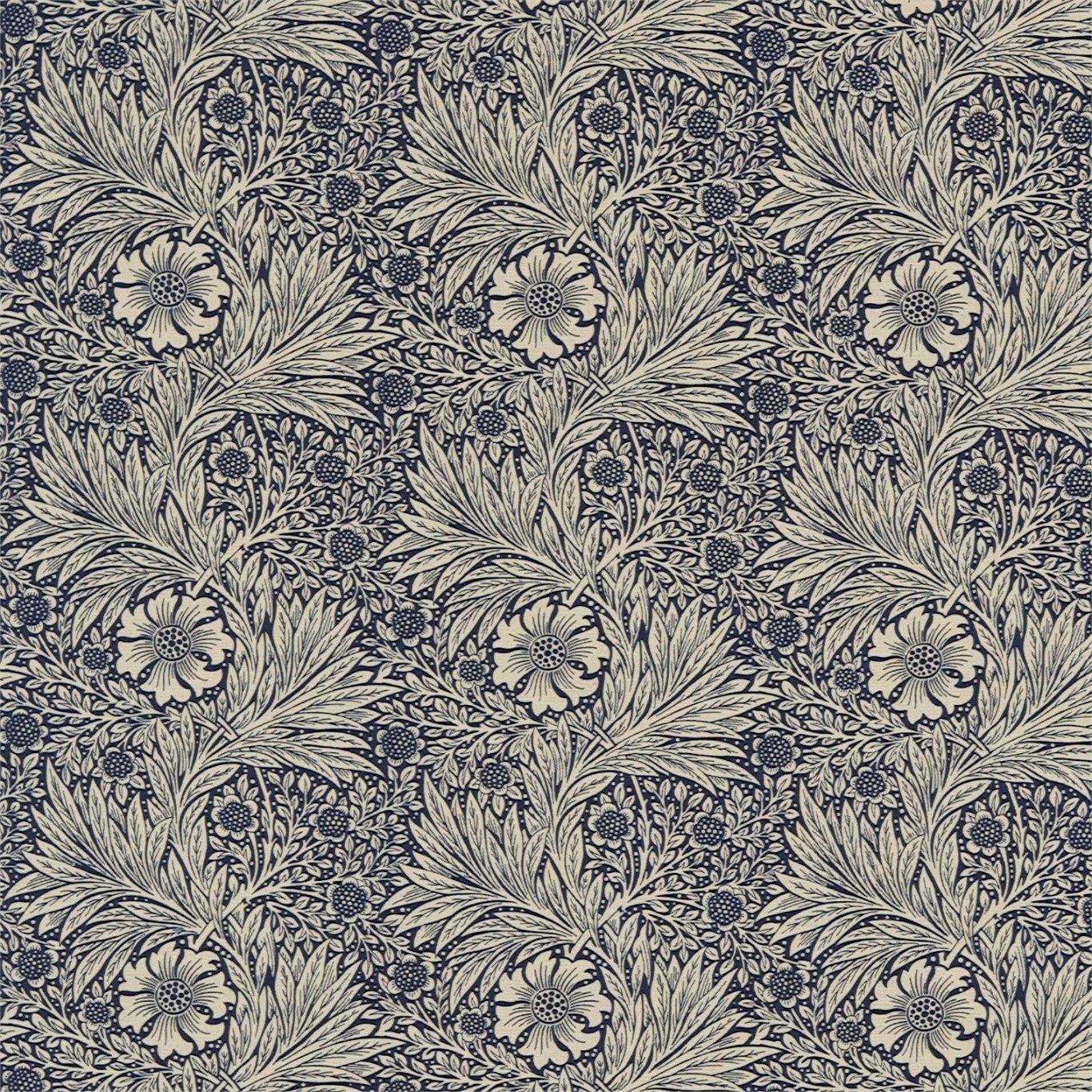 William Morris Wallpaper: Arts And Crafts, Fabrics And
