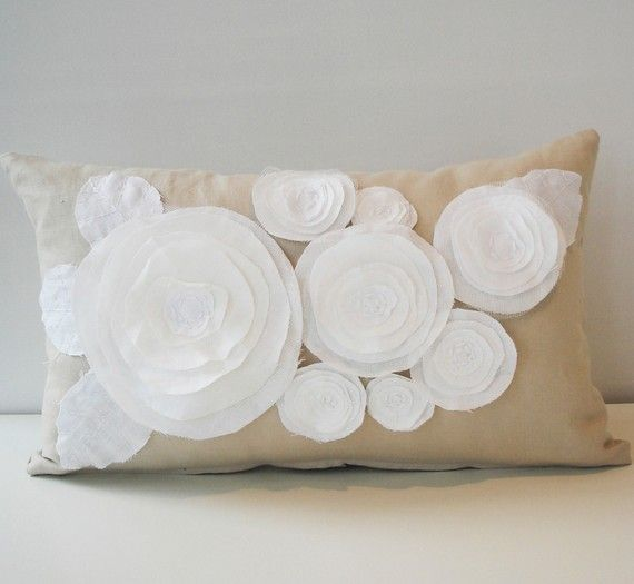 flower pillow (con imágenes) | Manualidades, Cojines