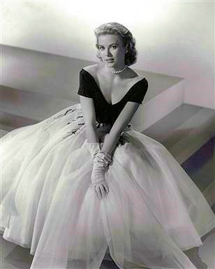 """Grace Kelley in Galanos dress for Hitchcock's """"Rear Window"""" - """"This is the ultimate dress. The dress to which every other dress is compared."""" CAOR"""