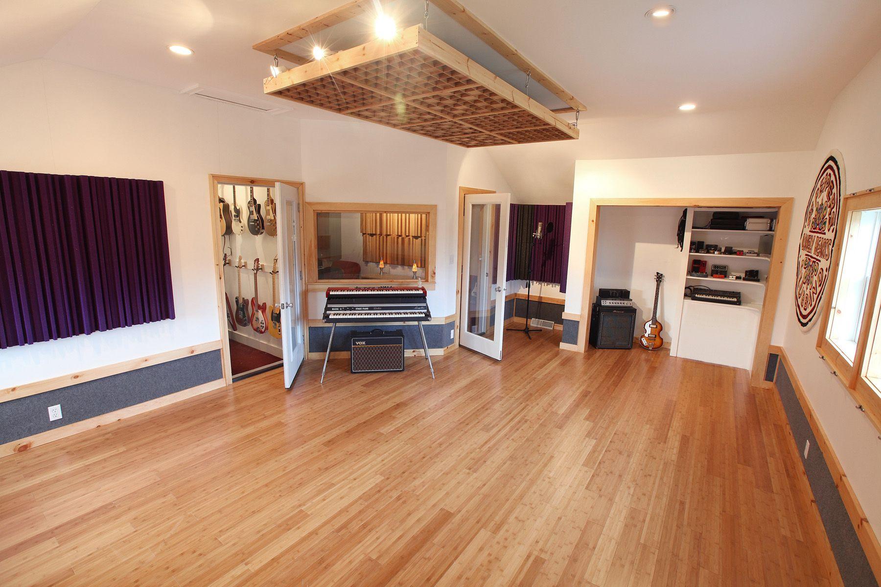 Auralex Acoustics Helps Soundcheck Republic Bamboo Flooring Flooring Flooring Options