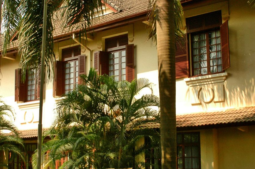 Luxury French Colonial Hotel In Vientiane The Settha Palace Hotel