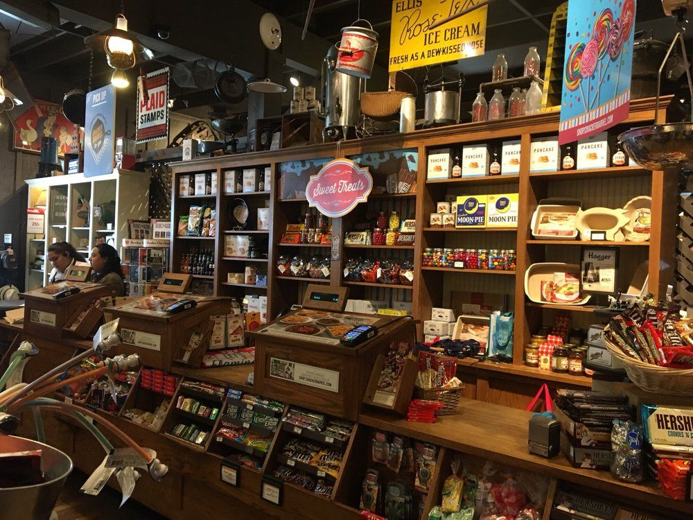 Photo of Cracker Barrel Old Country Store Pembroke Pines