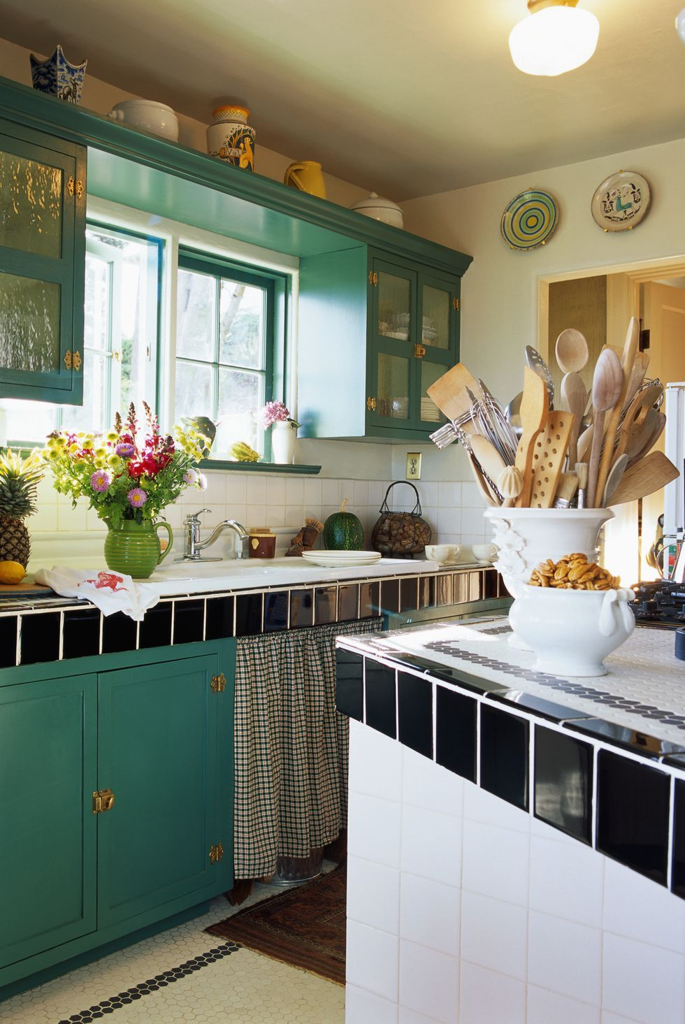 the best ideas for decorating above your kitchen cabinets green kitchen cabinets decorating on kitchen makeover ideas id=70647