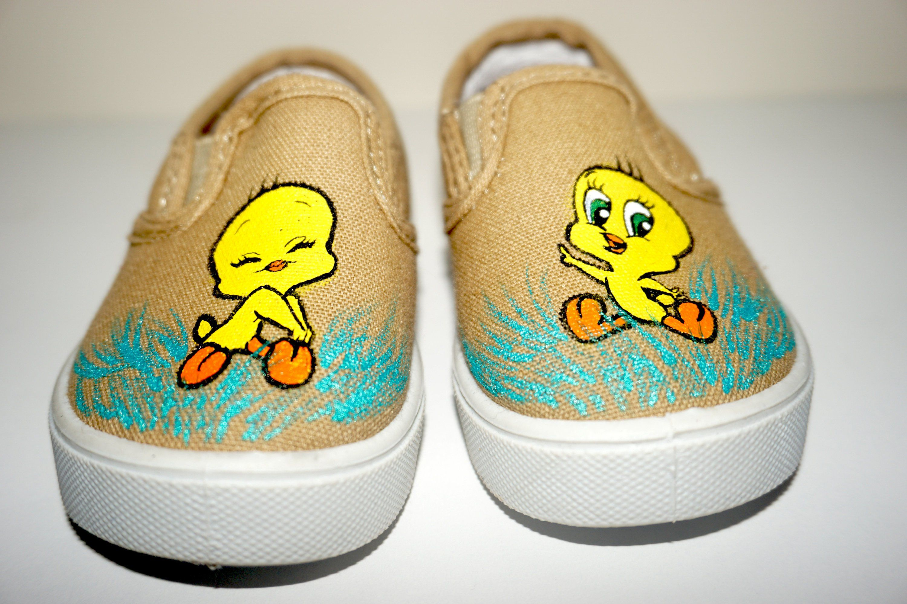 2a308d81175e Excited to share the latest addition to my  etsy shop  Tweety Bird Shoes