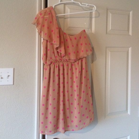 Pink polka dot shoulder dress NWOT Dresses One Shoulder