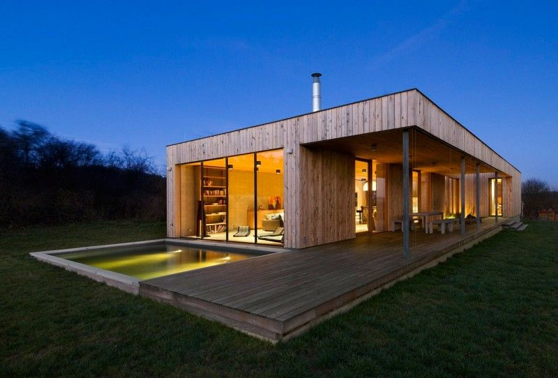 Maison contemporaine en bois architecture architecture for Petite maison bois contemporaine
