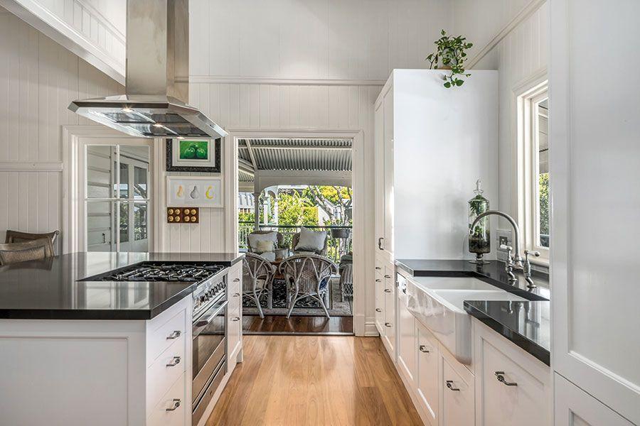 Renovated Queenslander kitchen | Queensland Homes Magazine ...