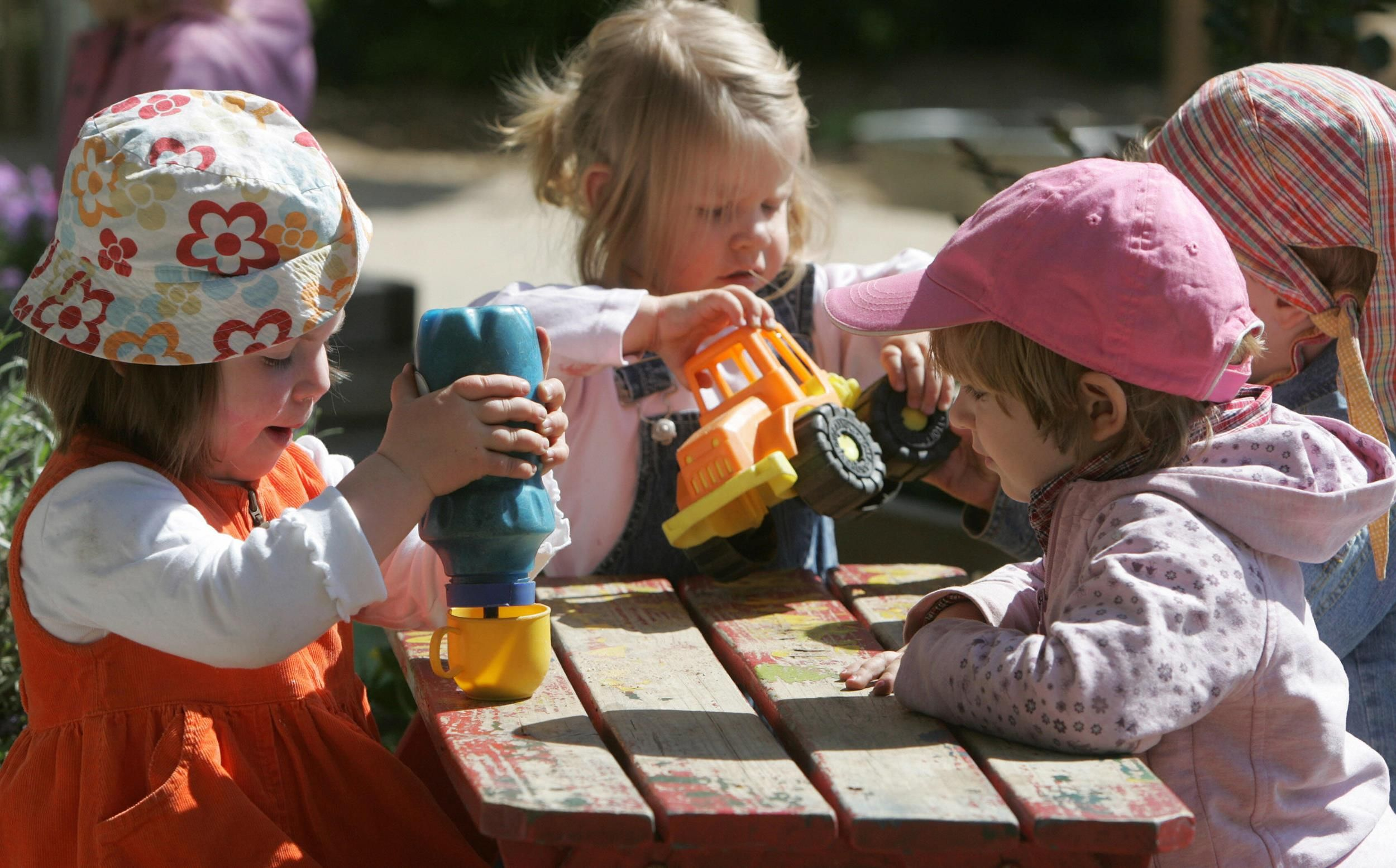 Chemical Phthalates in Food Packaging Linked With Lower IQ in Kids