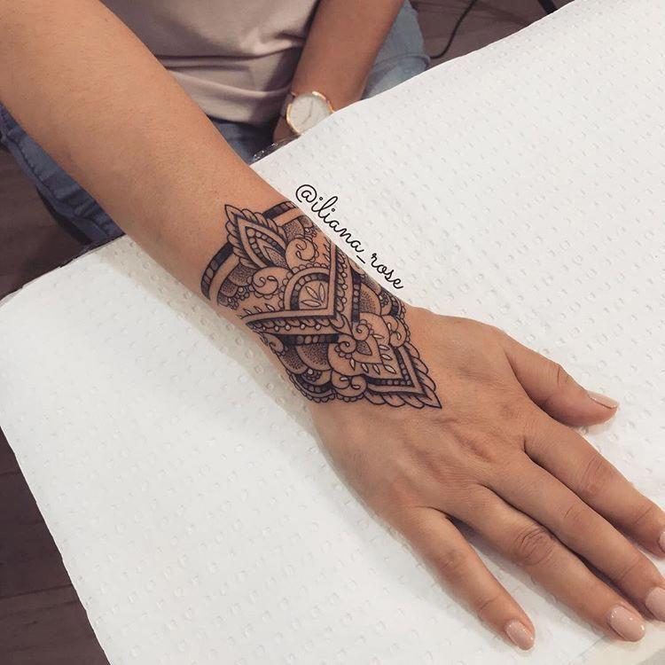 Pin On Tatueringsideer