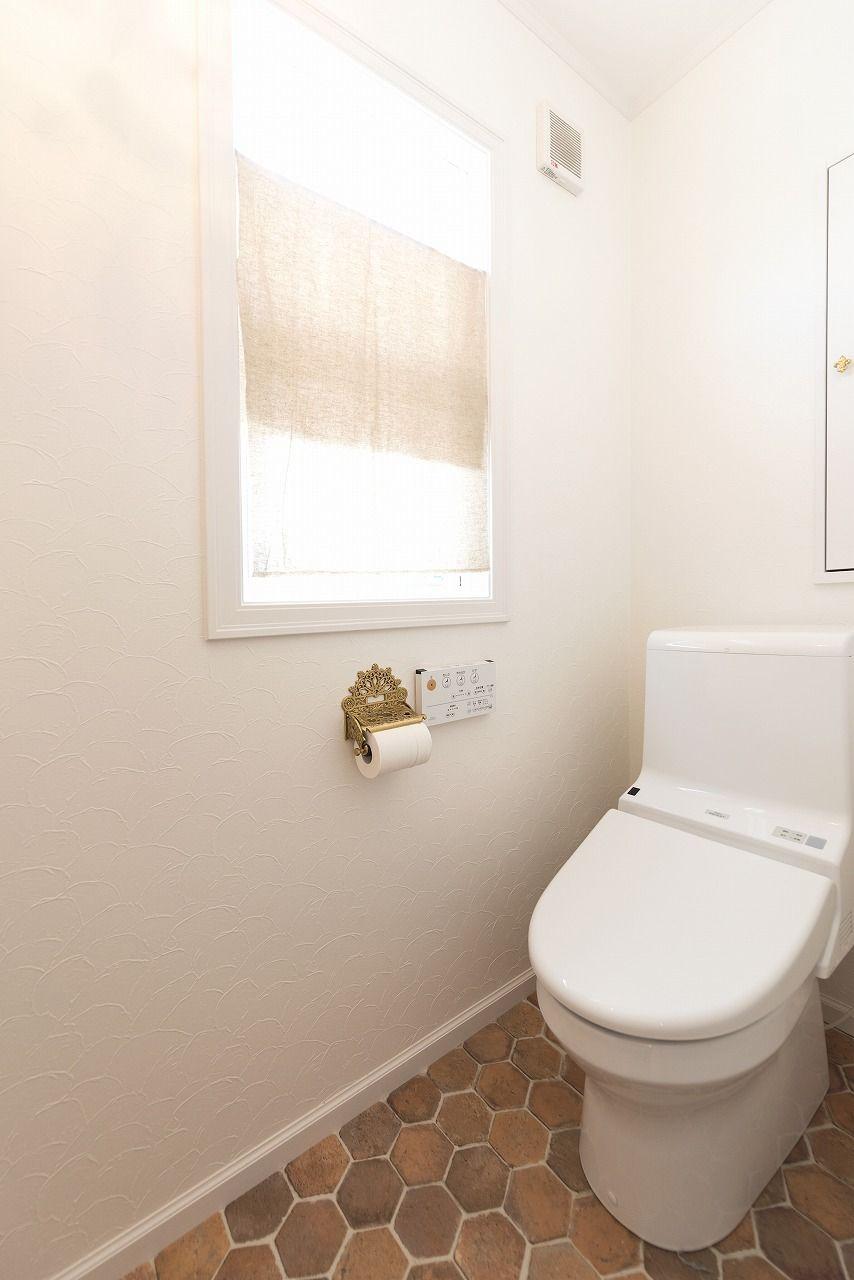 床クロスが可愛いトイレ ブルースホーム小倉 輸入住宅 トイレ ホーム