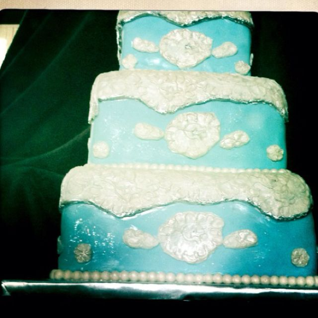 Another edible lace cake. By Adair Weddings