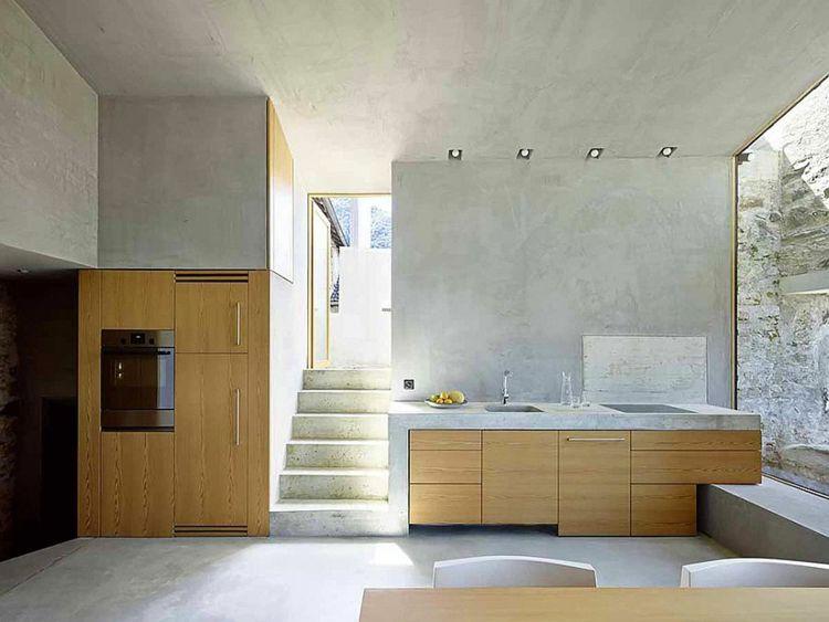 beton interieur kueche holz hell ofen treppe schweiz haus
