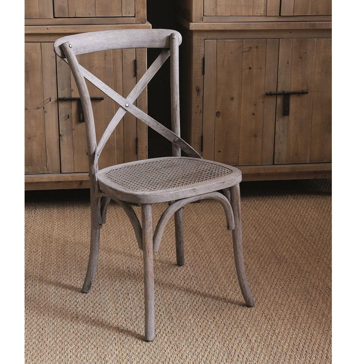 M s de 25 ideas incre bles sobre sillas vintage en for Sillas blancas vintage