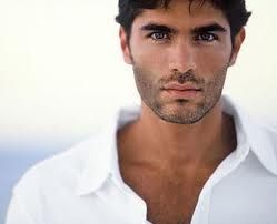 Eduardo Verastegui, Mexican model, actor, singer....SEXPOT! growwwwwl...