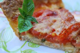 Fresh Tomato Pie via My Heart's Desire - the taste of summer!