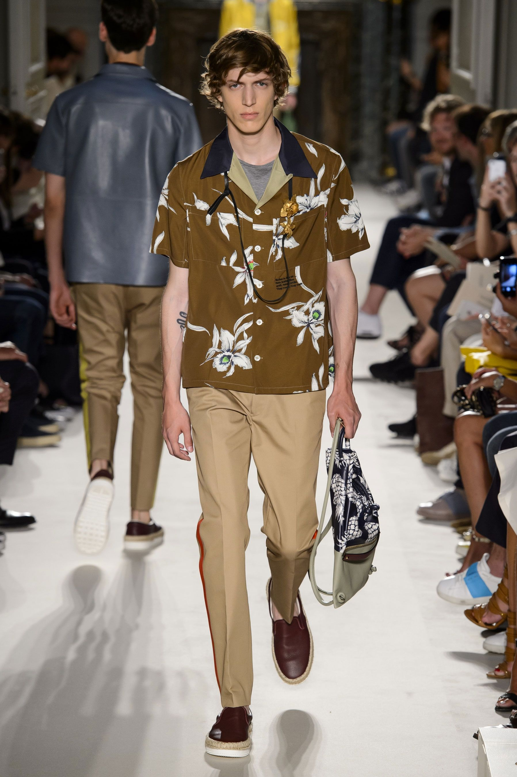 Valentino Spring Summer Primavera Verano 2016 Collection #Menswear #Trends #Tendencias #Moda Hombre - Paris Fashion Week - D.P.