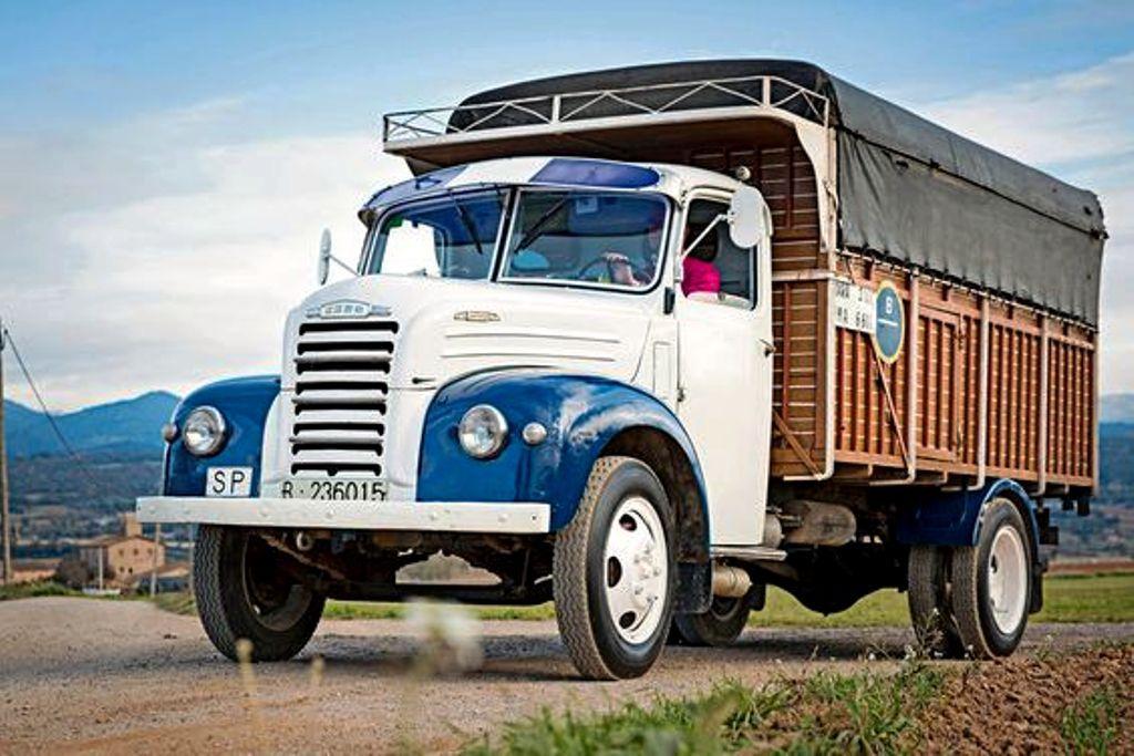 Ford Thames Livestock Transport Truck Spain Camiones Clásicos Camiones Viejos Coches Clásicos