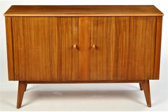 Cumbrae Furniture By Morris Of Glasgow An Australian Walnut And