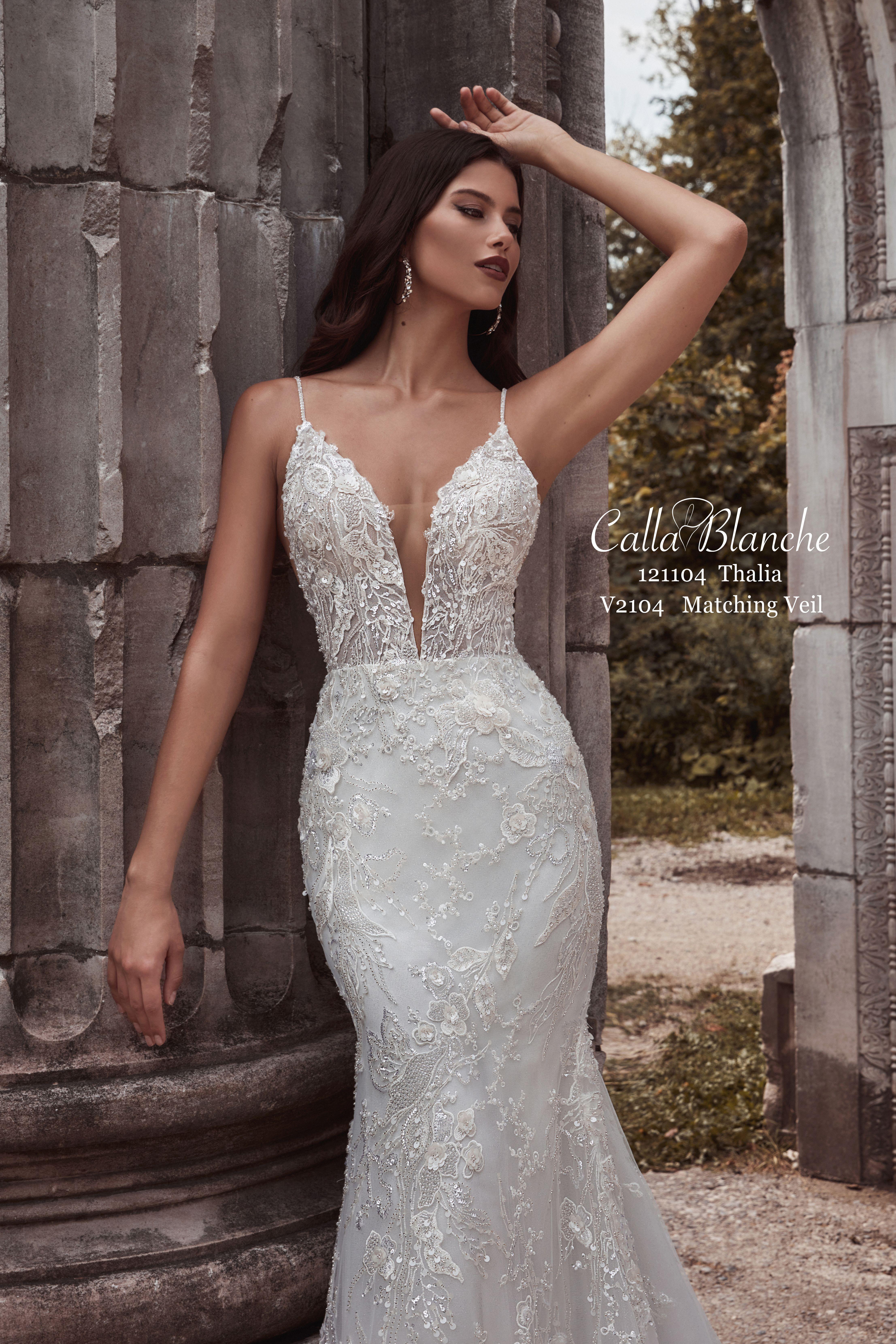 Thalia Sleek Wedding Dress Wedding Dresses Purchase Wedding Dress [ 6638 x 4426 Pixel ]
