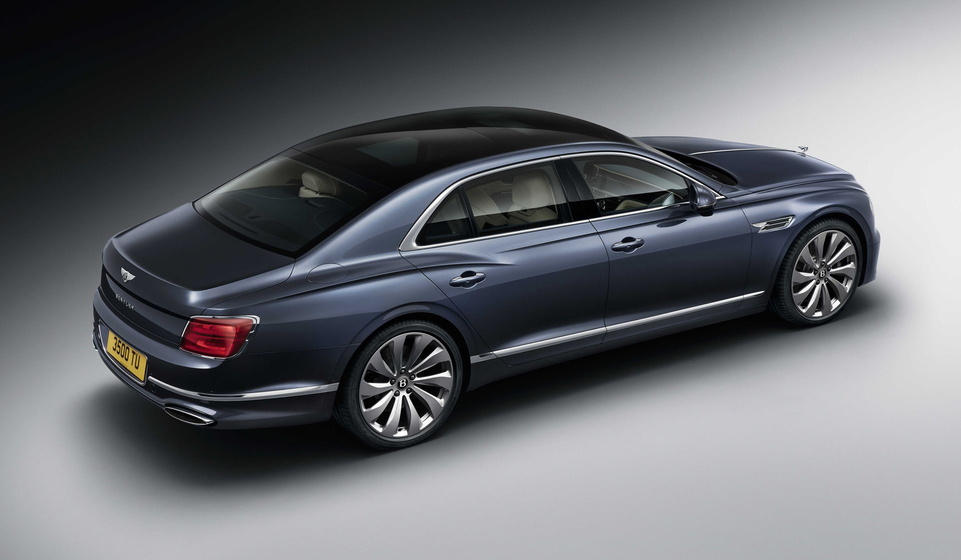 2020 Bentley Flying Spur Is Sporty And Stately In A Single Package Bentley Flying Spur Flying Spur Bentley