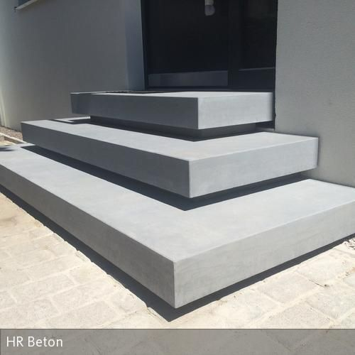 betontreppe eingang haus aussen pinterest betontreppe betondesign und beton design. Black Bedroom Furniture Sets. Home Design Ideas