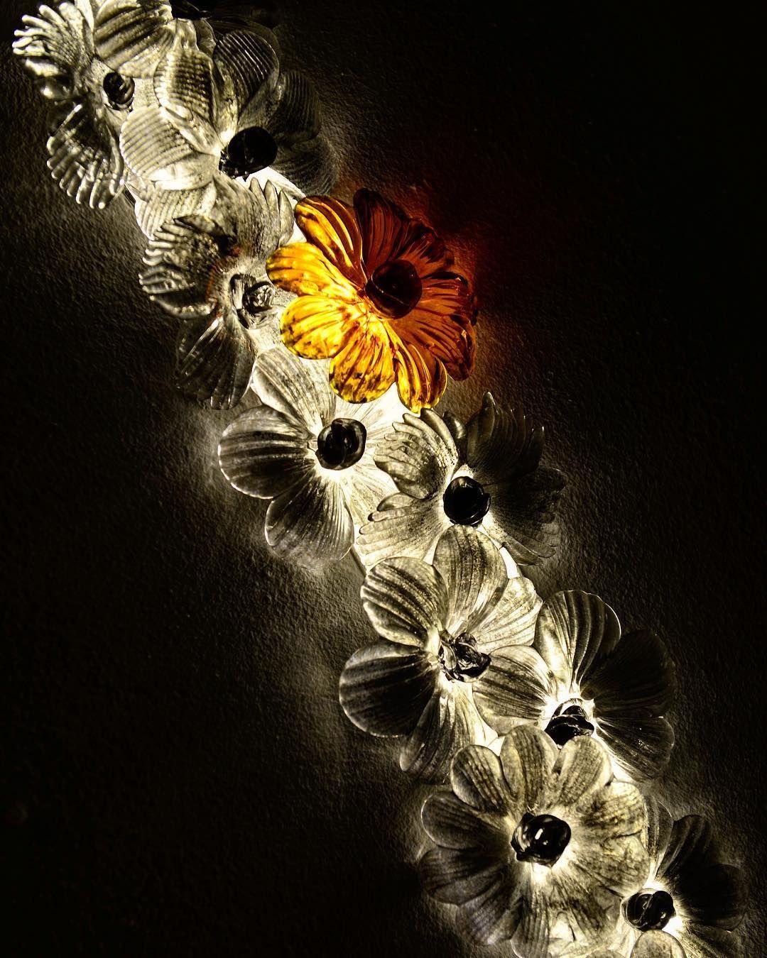 Dare to be different #andromedamurano #andromedasculptlights #Residential  #Apartmentsinterior #hauseinterior #homedesign #interiorhomedesign #Sculptures #Artsculptures #artlightsculptures #lightiningdesign #gardenlight #gardendesign #nightlight #outdoorlight #glasssculptures #Muranoglass #wood #rockcristal #Led #Ip67 #homedecor #moderndesign #modernarchitecture #modernhome #instainterior
